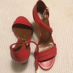 Rouge/Red Banana Republic  Chunky Heels